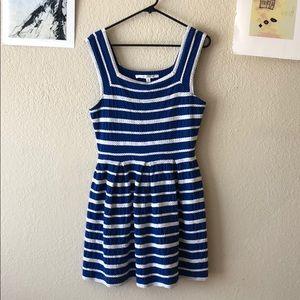 Max studio S sleeveless blue and white dress